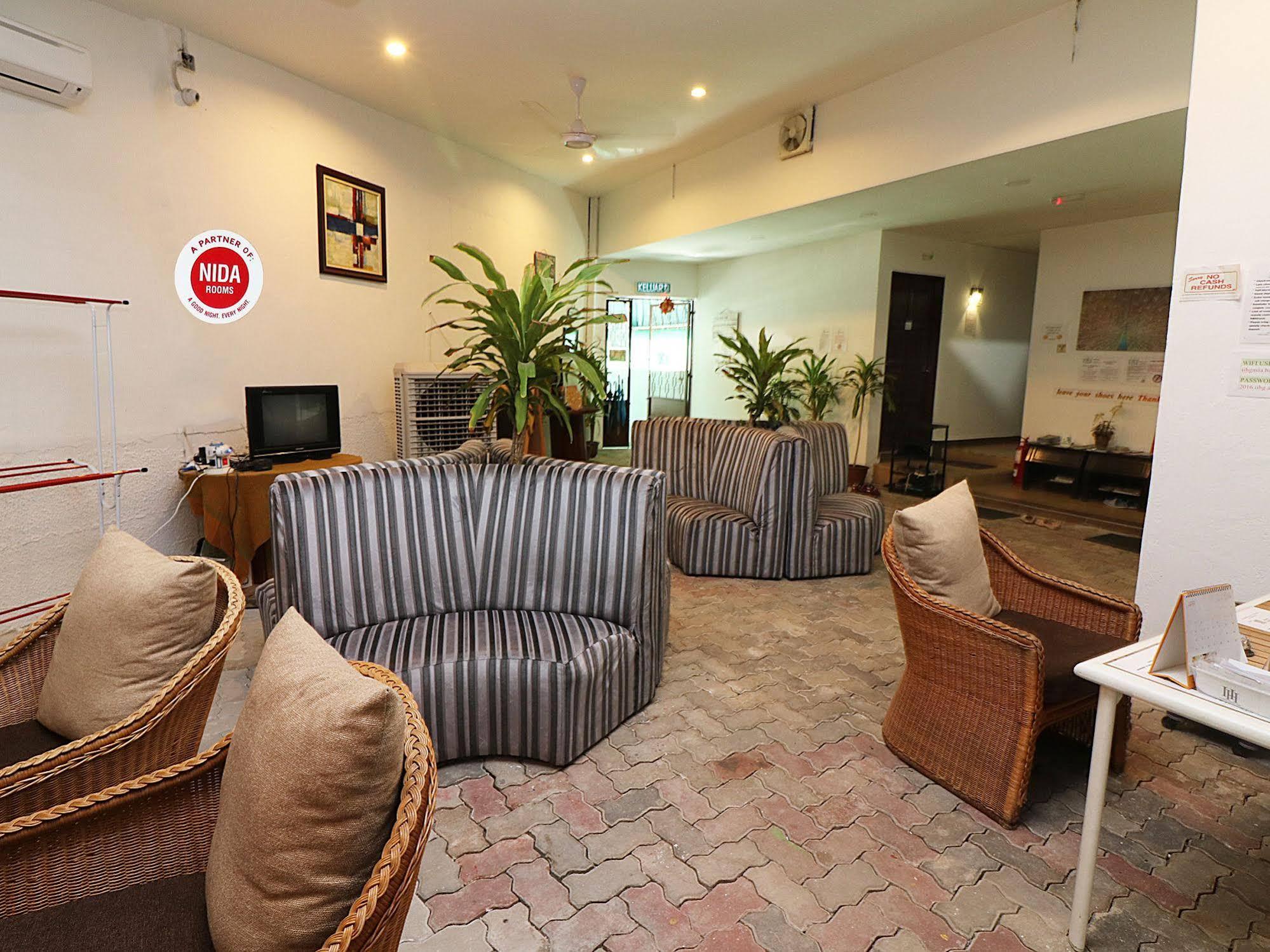 NIDA Rooms Baru Ferringhi Night Market