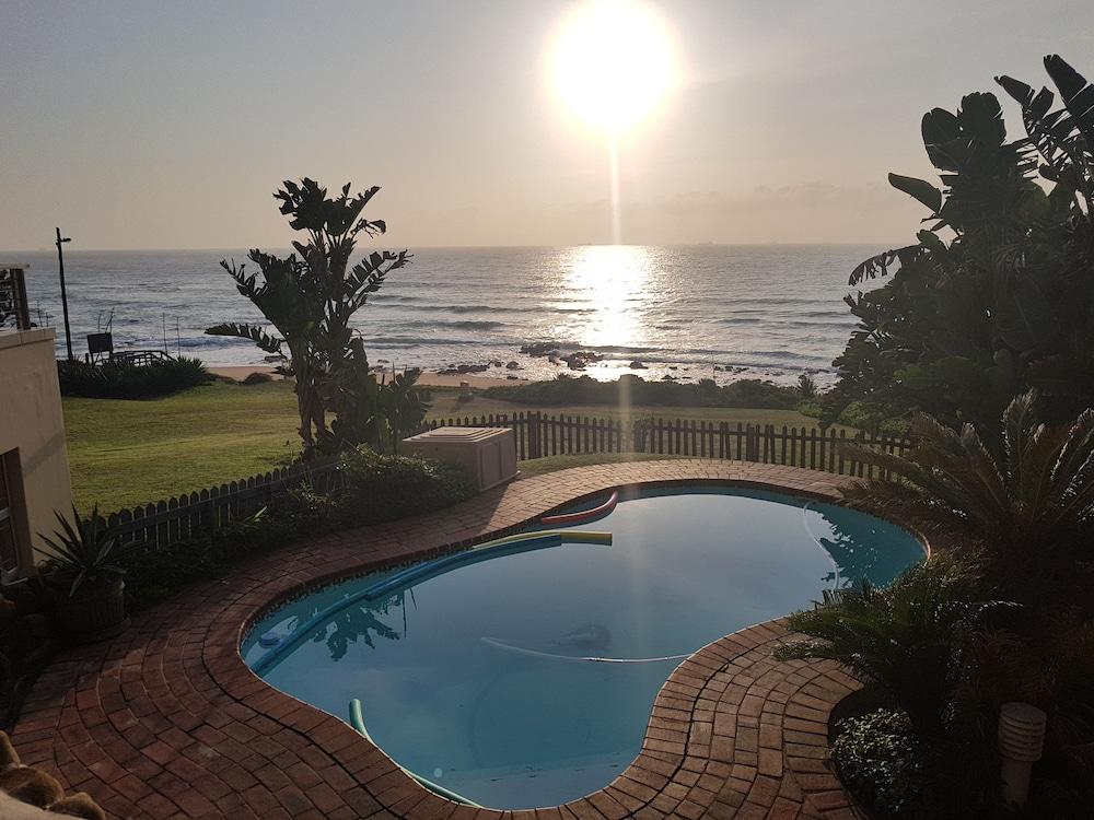 Dolphin Coast Guesthouse