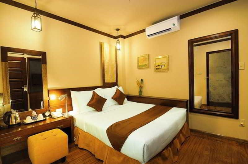 May Flower Saigon Hotel 2