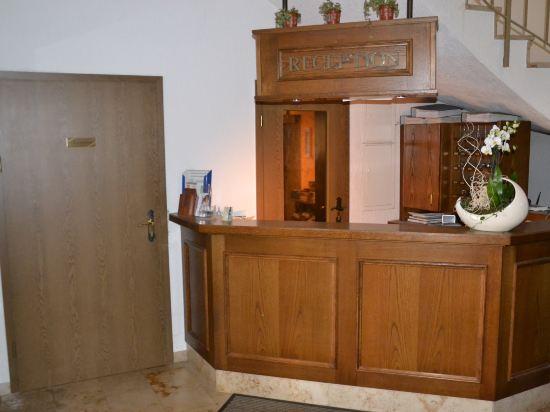 Gallery image of Hotel Kastanienhof