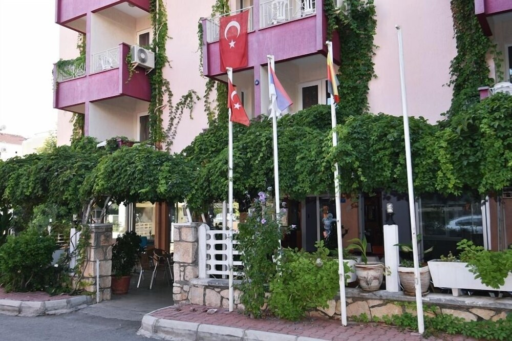 Gallery image of Umit Hotel