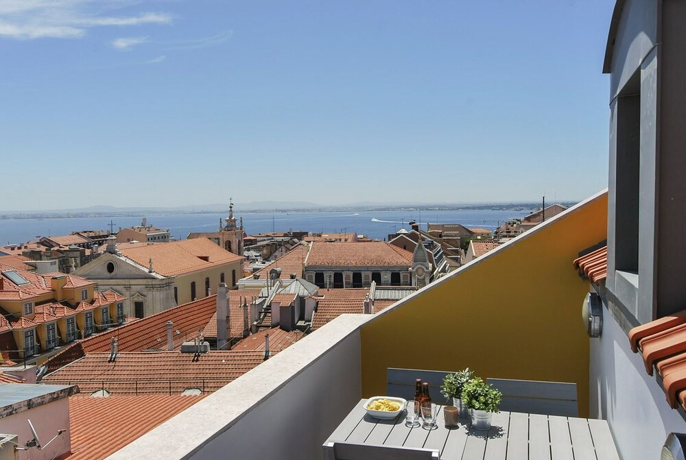 Chiado Trindade Lisbon Best Apartments