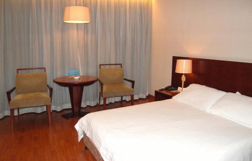 Jinjiang Metropolo Hotel Tongji University