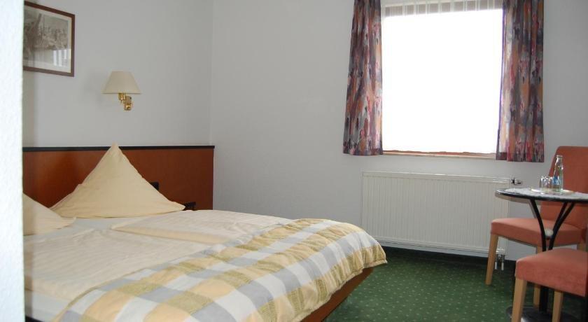 Gallery image of Hotel zum Nussbaum