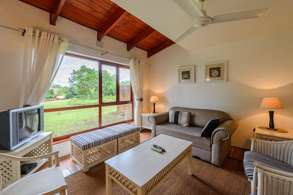 San Lameer Villa Rentals 2510