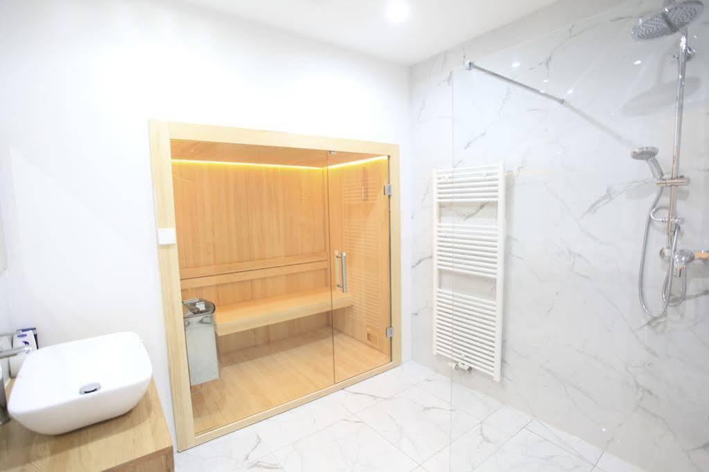Zollikof Aparts Sauna & Studioapartments