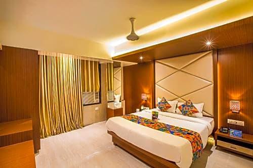 FabExpress Sprinng Inn Kandivali