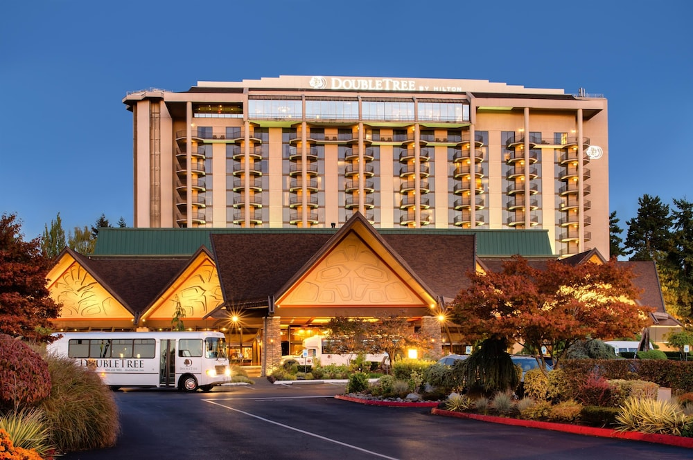 DoubleTree by Hilton Seattle Airport
