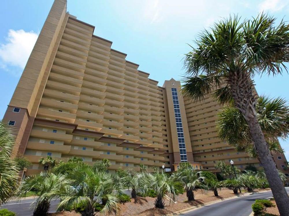 Pelican Beach Resort 1212