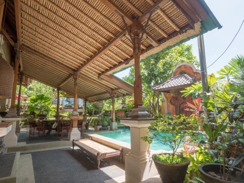 Maruti Lane Villa