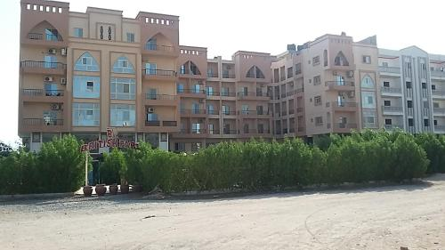 Apartment With Pool View In Hurghada