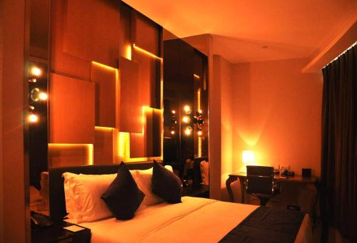 Qingdao King Hood Hotel