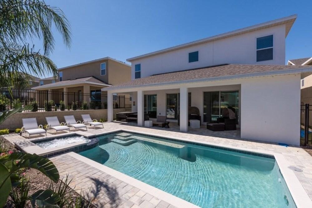 Je59003 The Encore Club Resort 9 Bed 8.5 Baths Villa