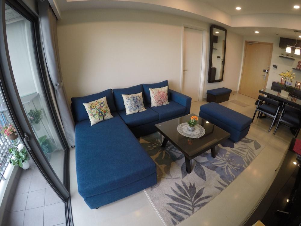 Riverfront Osis Resort Balcony
