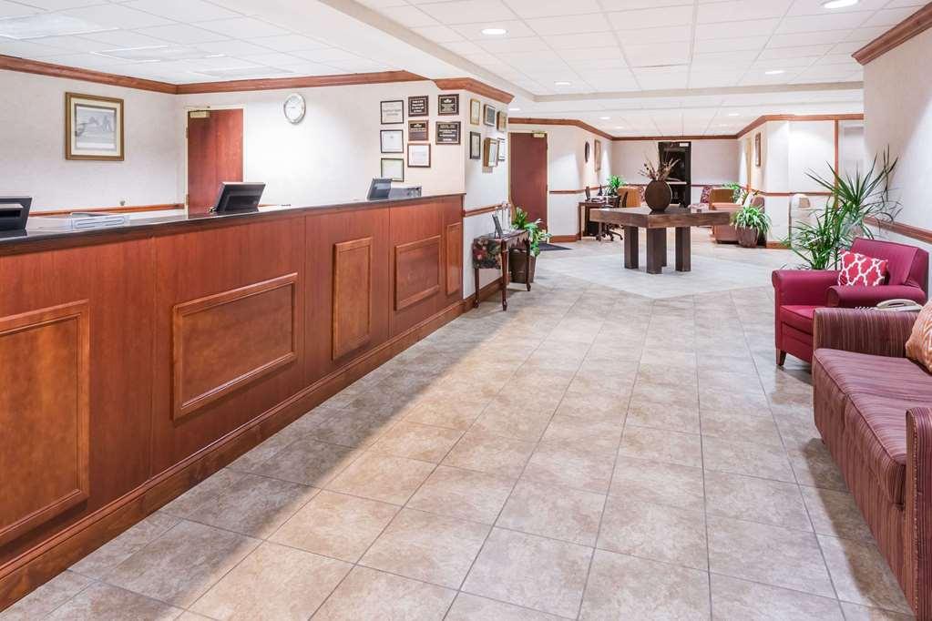 Gallery image of Hawthorn Suites by Wyndham Charleston West Ashley