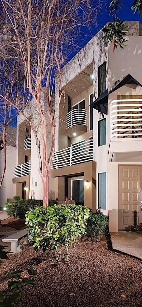 Phoenix Palms By Signature Vacation Rentals