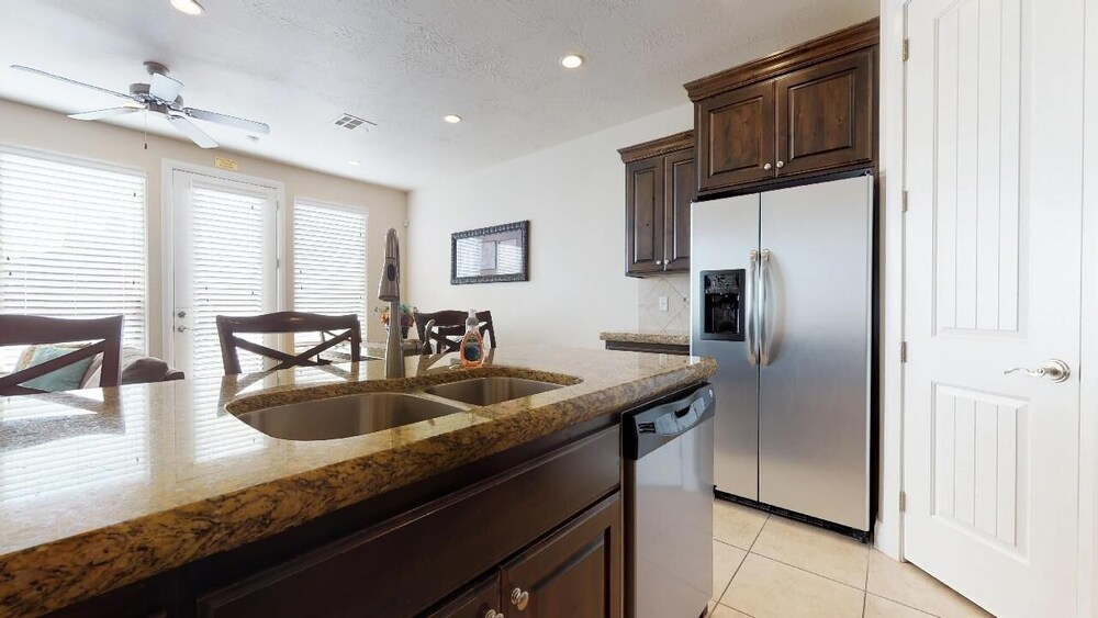Southern Delight 3 Bedroom Apts
