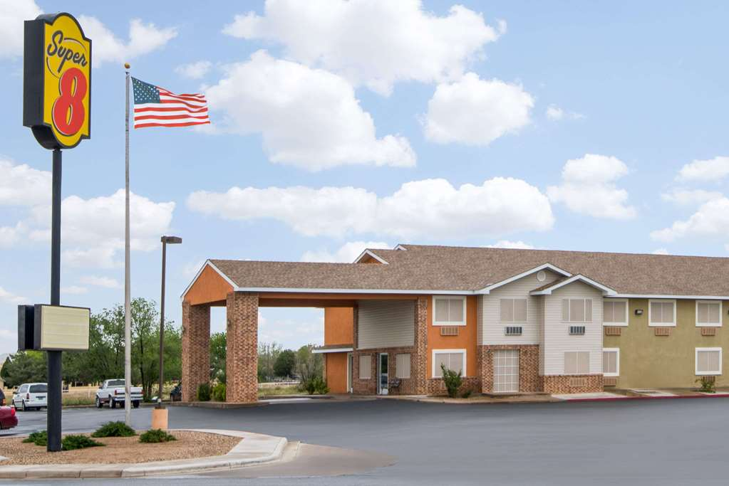 Gallery image of Super 8 by Wyndham Portales