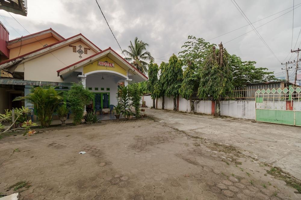 Gallery image of RedDoorz near Jalan Mayjen Sutoyo Bengkulu