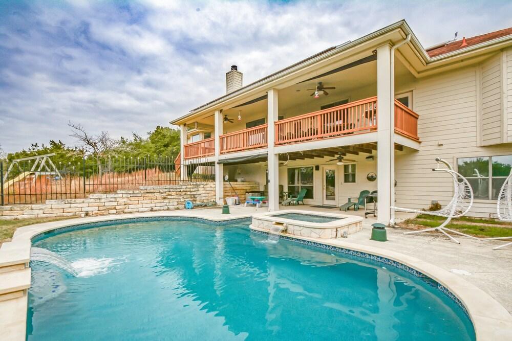 218 Sundown Ridge Home by RedAwning