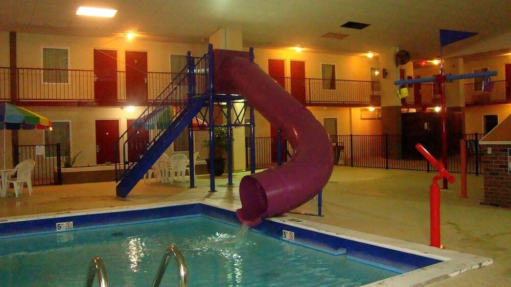 Gallery image of Westgate Inn & Suites