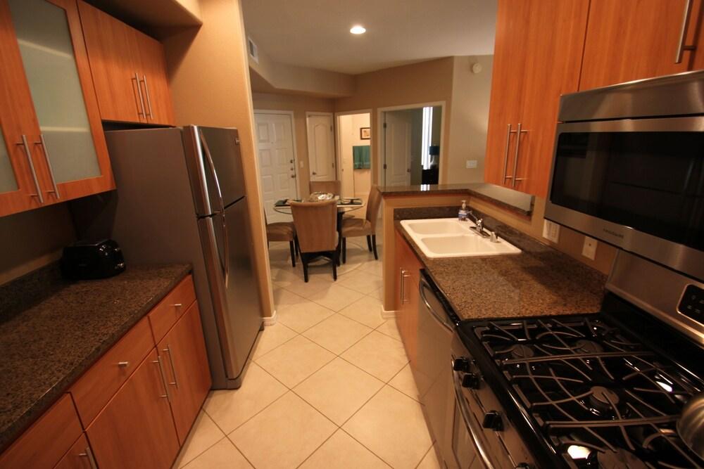 Scottsdale 2 Bedroom Condo