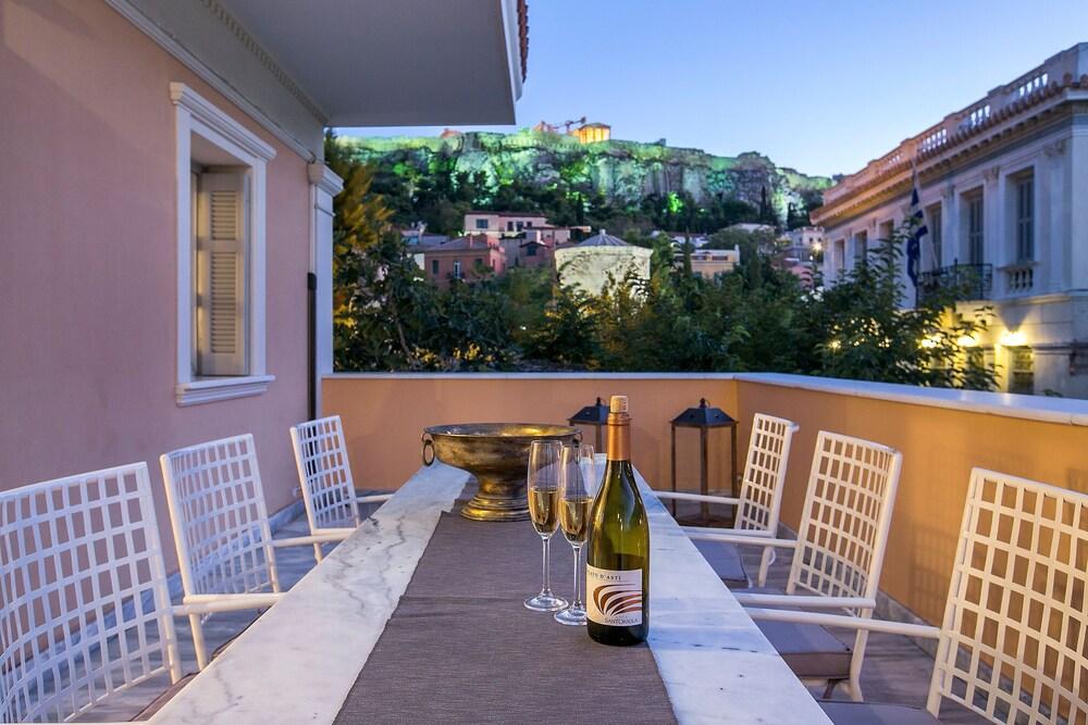 Aerides Luxury Suites