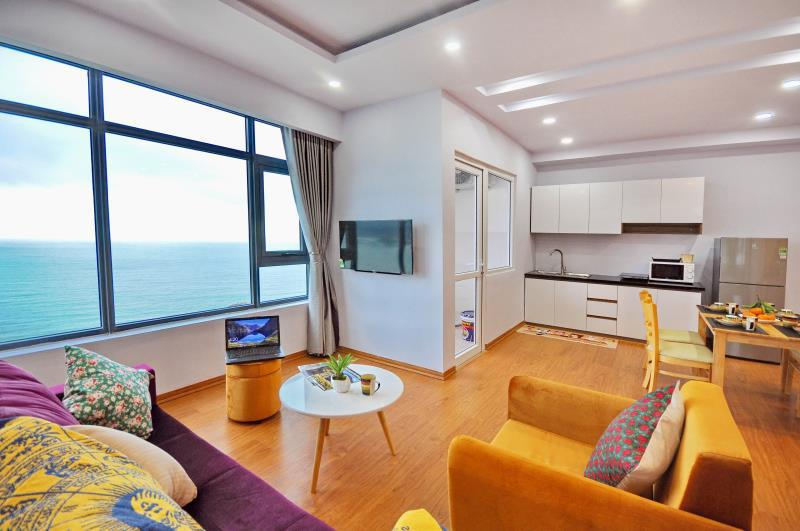 Luxury Beachfront Apartment 30