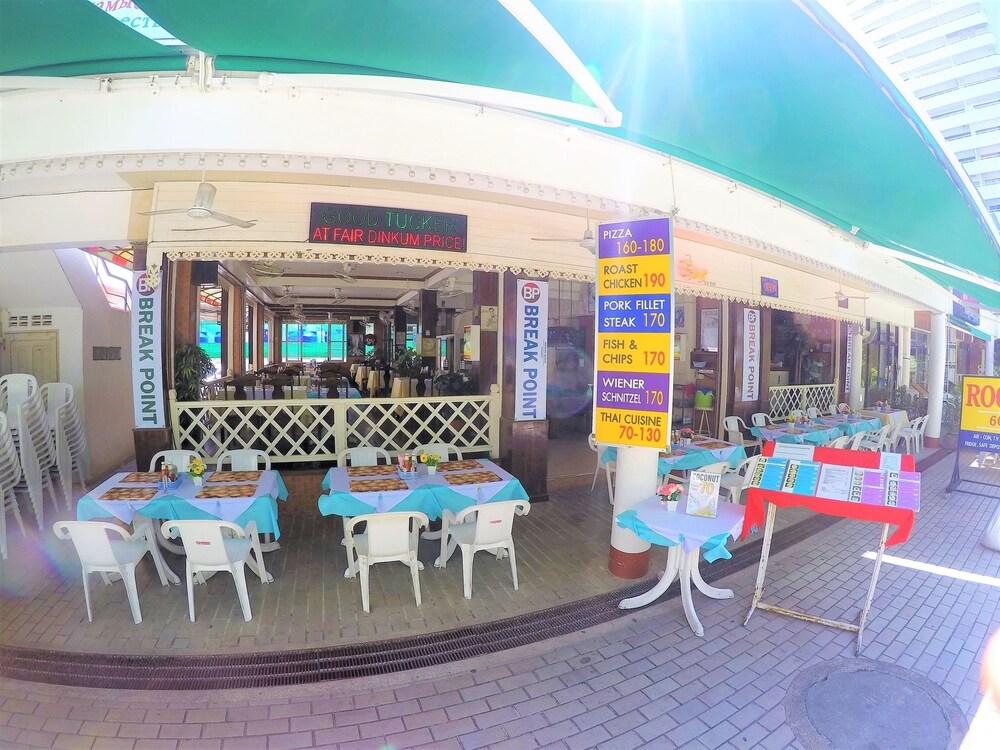 Gallery image of Break Point Hotel
