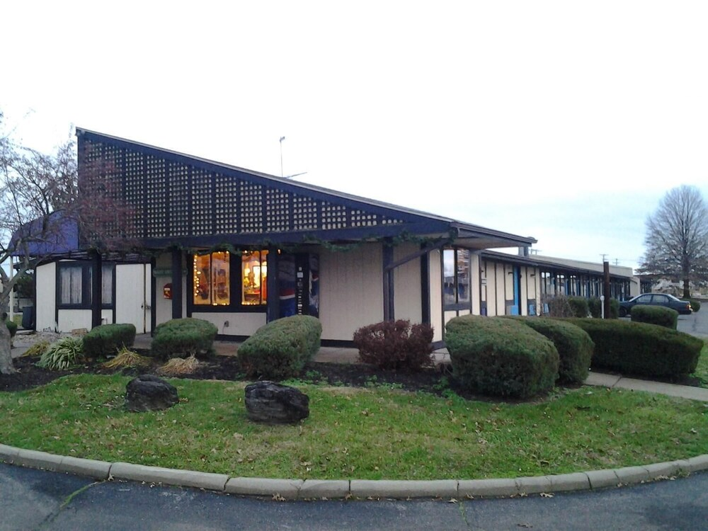 Gallery image of Xenia Country Inn