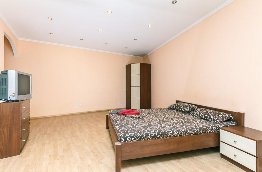 Apartment On Baseina Street