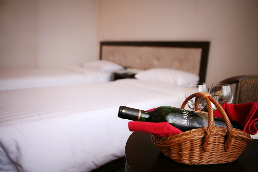 Jam Sil Tourist Hotel