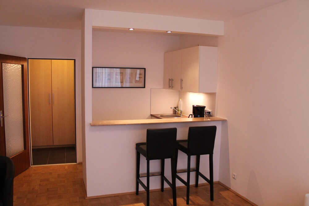 Vienna's Place Studio Apartments Karlsplatz