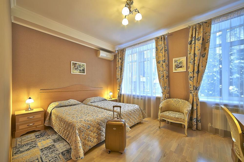Sheremetevsky Park Hotel