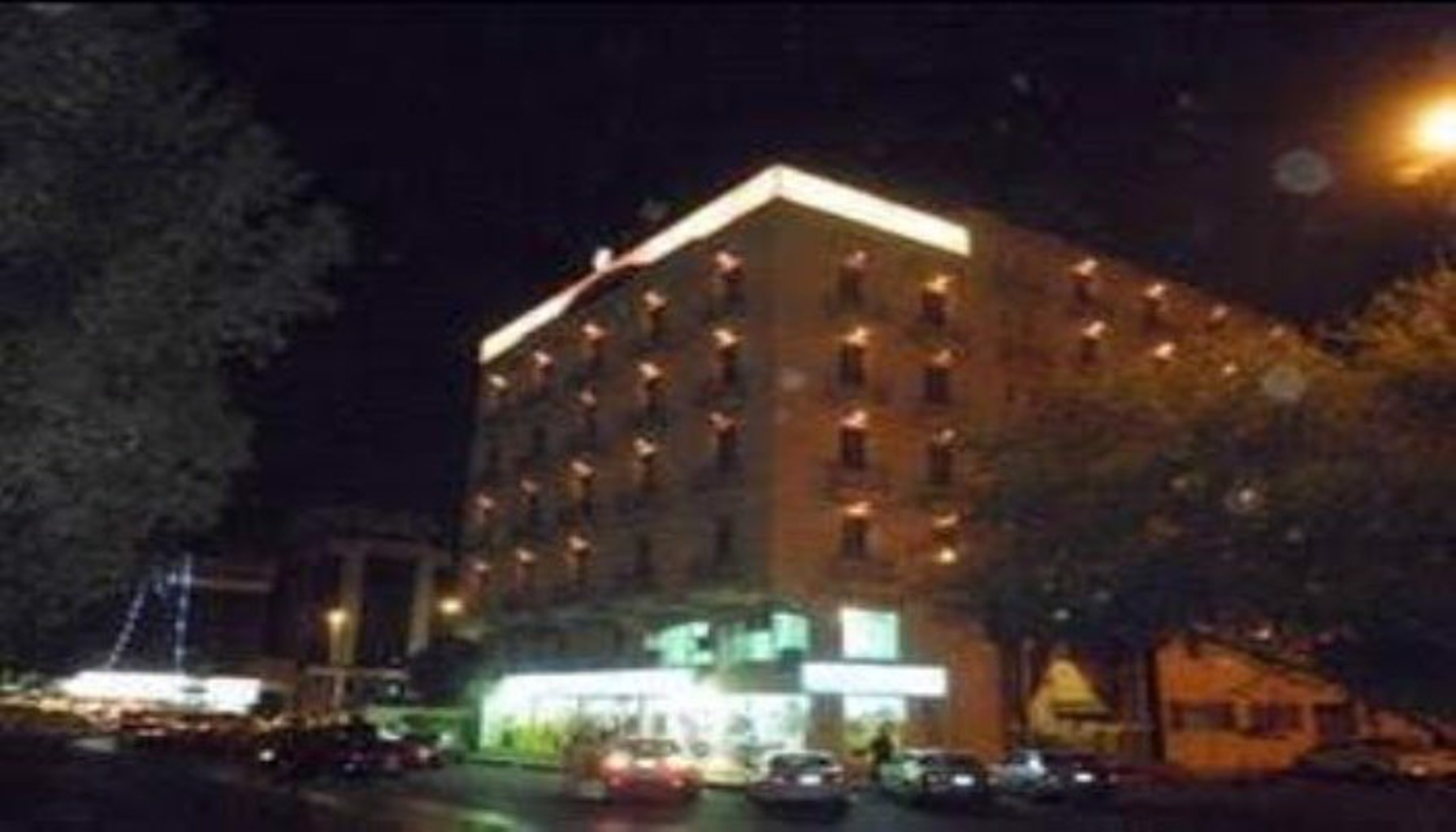 Al Hamra Palace Al Steen Branch
