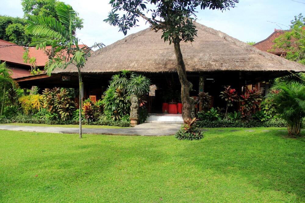 Gallery image of Ioove Puri Sanur Suites