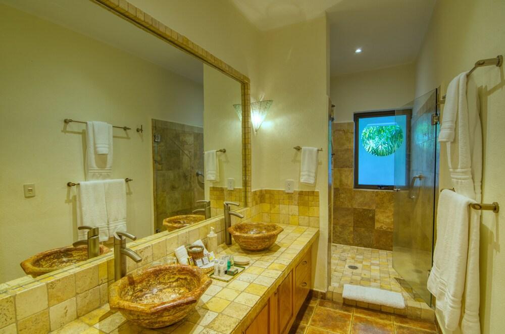 Gallery image of Casa Cúpula Luxury LGBT Boutique Hotel
