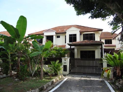 Penang Holiday House