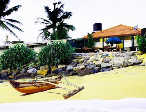 The Bungalow Randiya