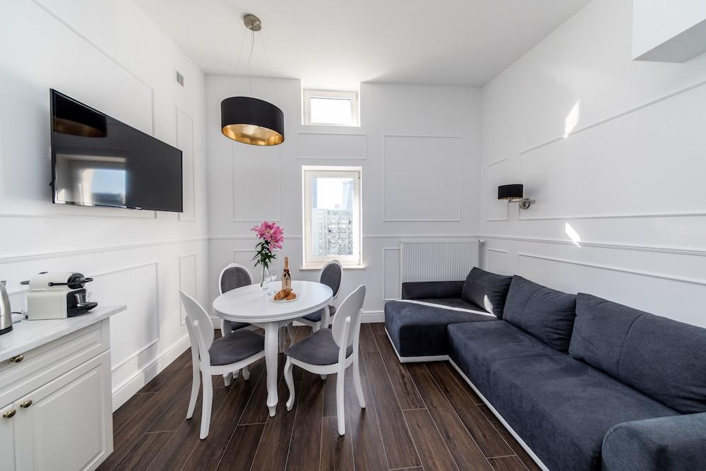 Apartamenty One by Your Freedom