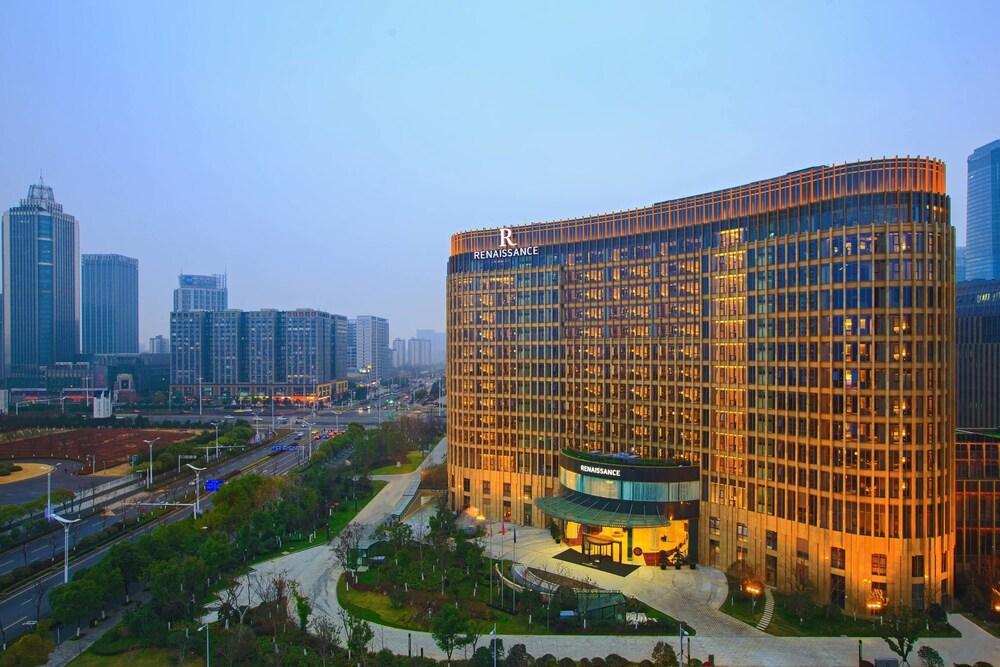 Renaissance Nanjing Olympic Centre Hotel
