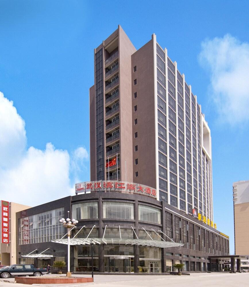 Wuhan Bin Jiang Ge Hotel
