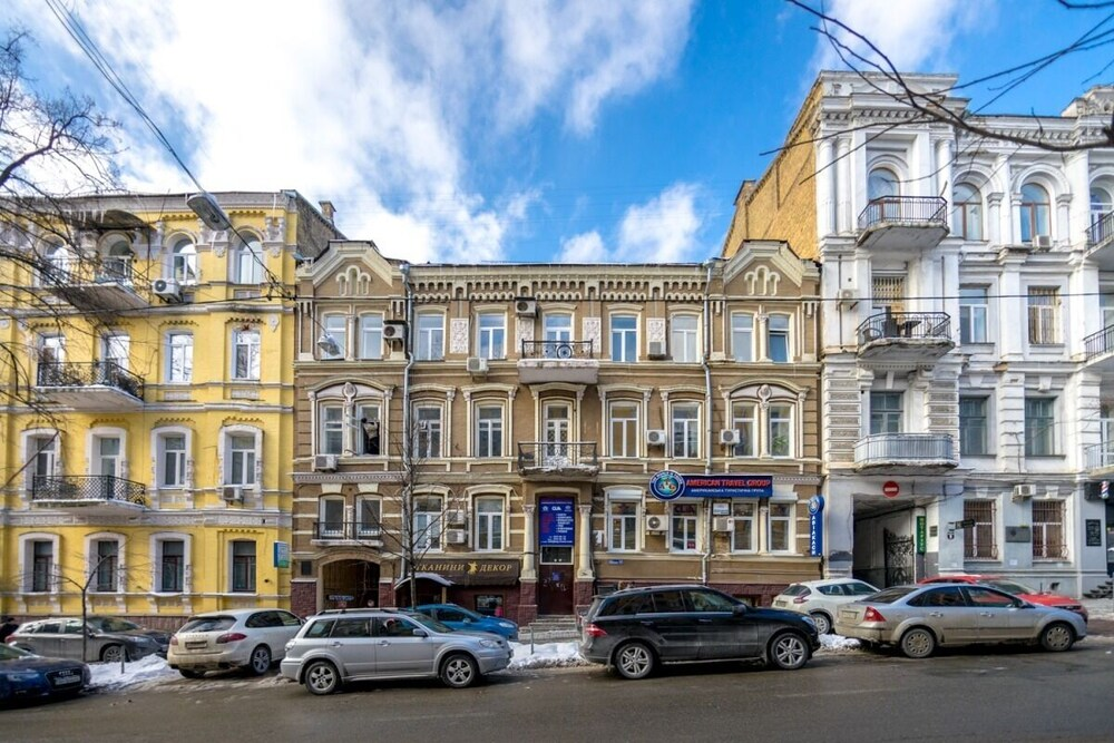 Pushkinskaya Apartments