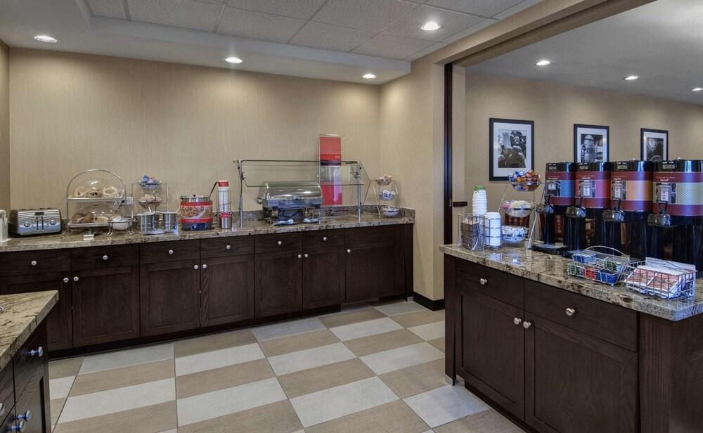 Gallery image of Hampton Inn Provo
