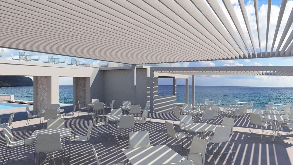 Gallery image of Kantouni Beach Boutique Hotel