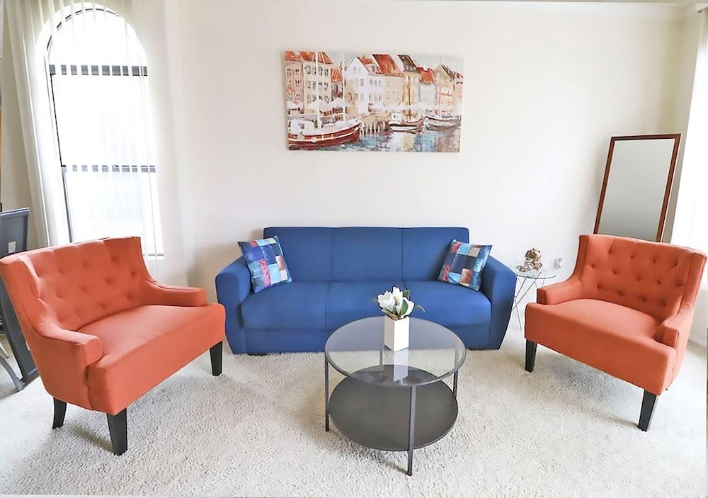 LAs Premier Apartments