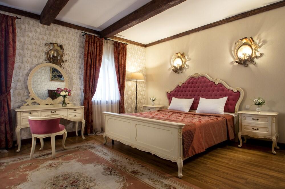 Kiev Hotel Fortetsya Hetmana