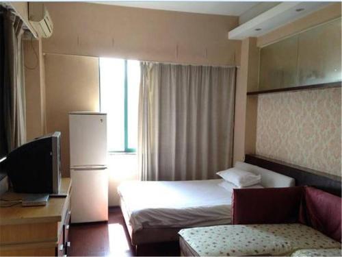 Modern Shijia Chain Hotel Baolong