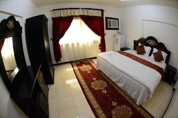 Al Eairy Furnished Apartments Dammam 8