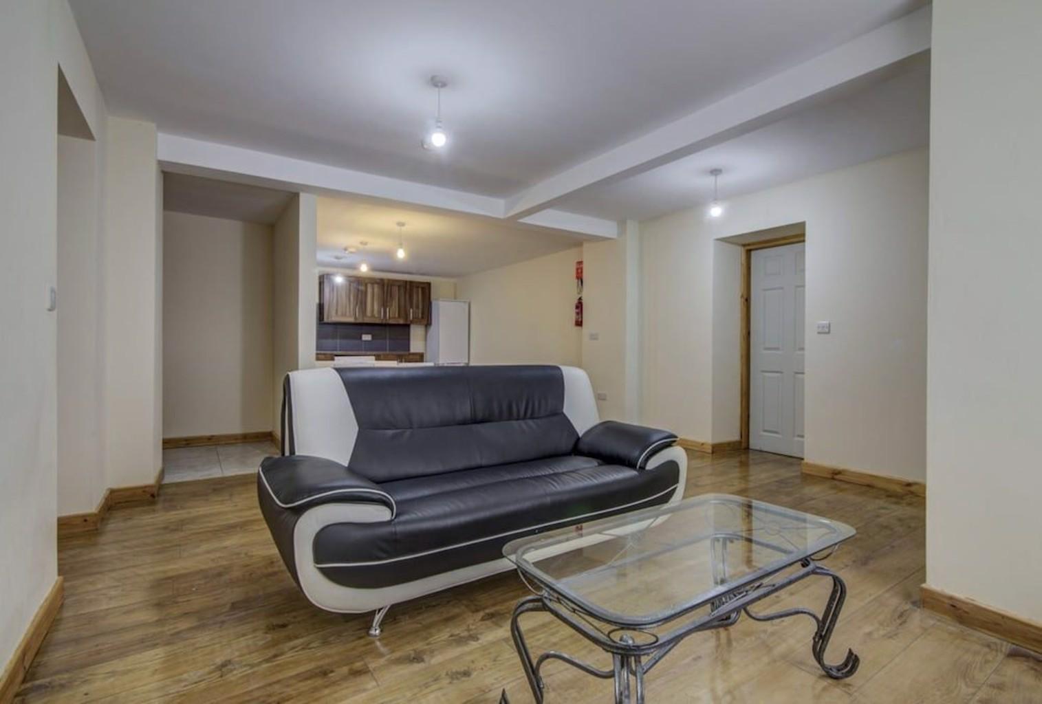 2 Bedroom Luxury Apartments Throstle's Nest
